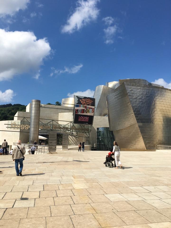 Bilbao: En fargerikby