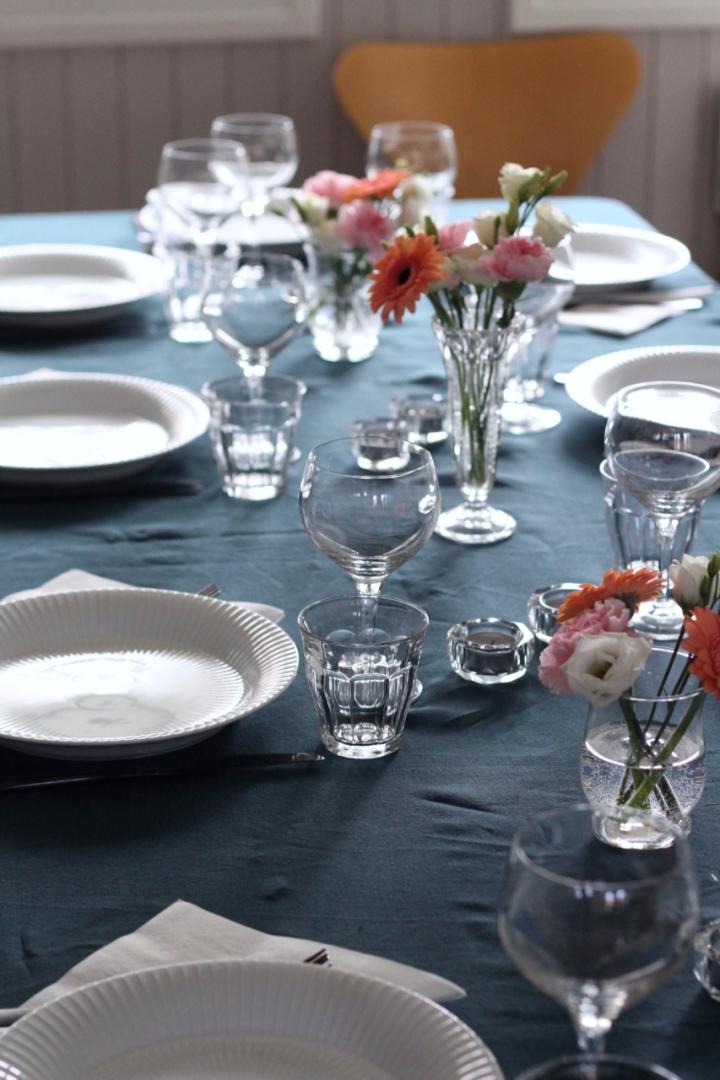 Enkel borddekking tilhverdagsfesten