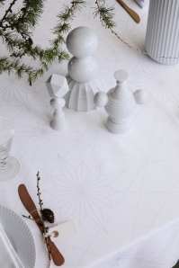 Georg_Jensen_Damask_FINNSDOTTIR_tablecloth_White_interior_close-up