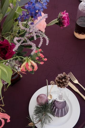 Georg_Jensen_Damask_FINNSDOTTIR_tablecloth_Winetasting_interior_close-up
